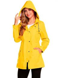 Ropa impermeable para mujer